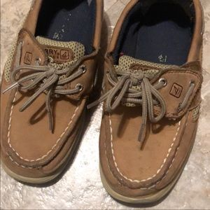 Youth sperry 11
